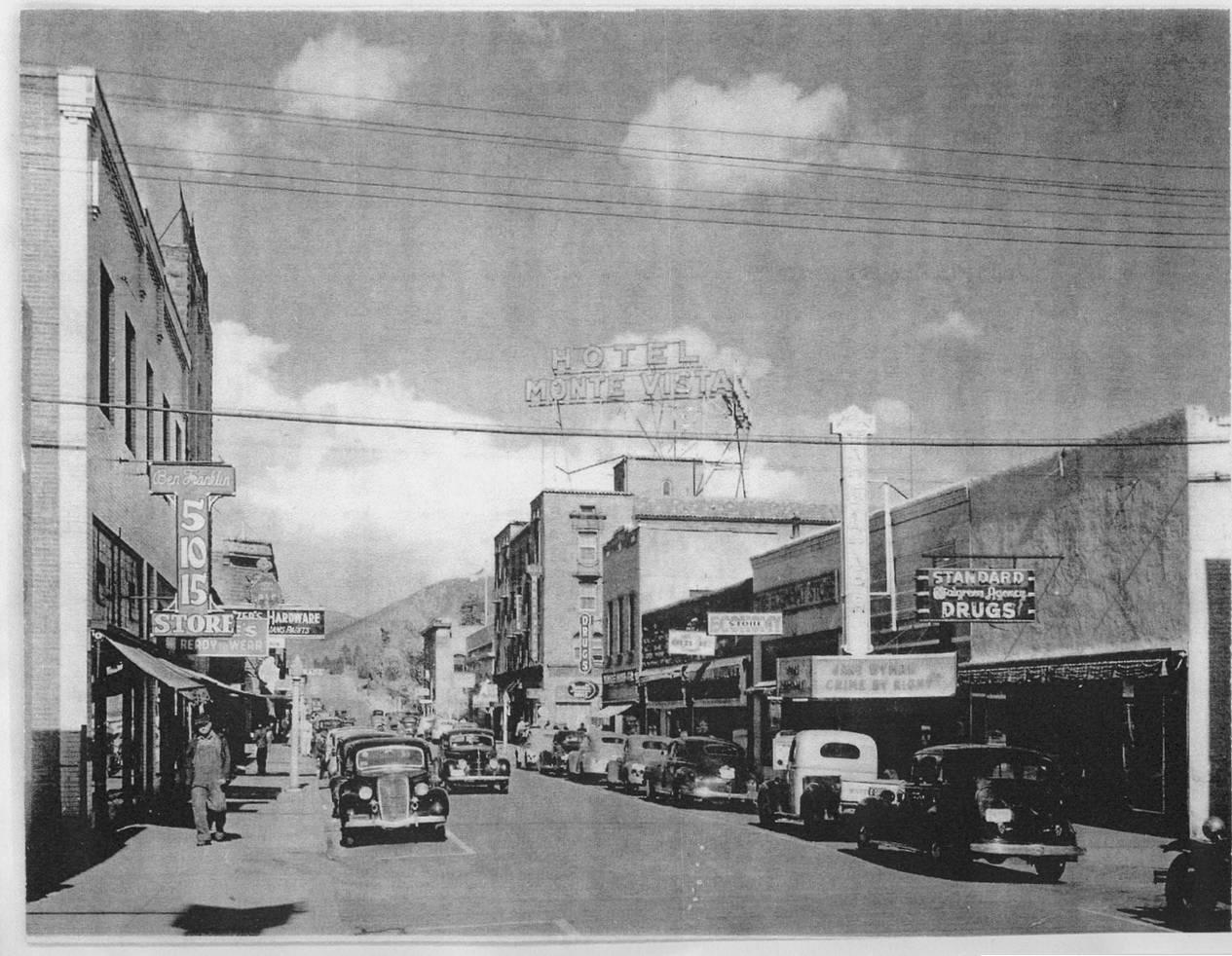 Economy Store, Flagstaff, Arizona, circa 1944